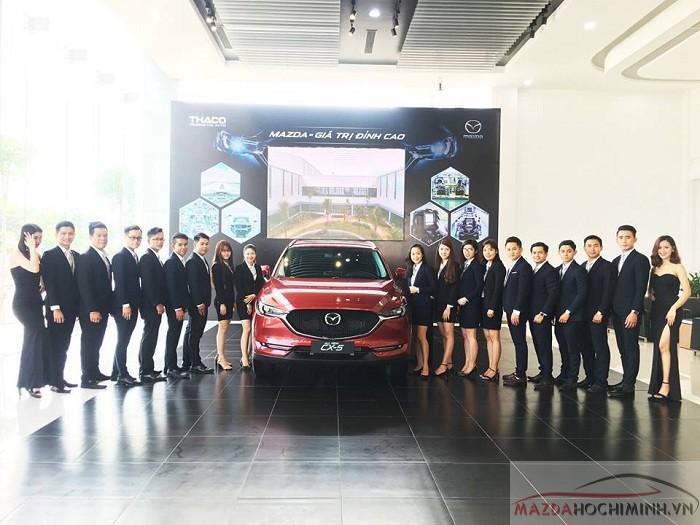 Mazda bình tân Đội ngũ nhân viên chuyên nghiệp, đứng đầu doanh số bán hàng