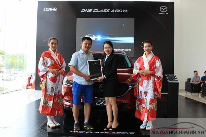 Quà tặng khủng cho khách hàng khi mua xe tại Mazda Bình Tân