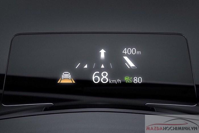 Mazda CX-5 2.5 trang bị HUD giúp người lái dễ dàng và an toàn hơn
