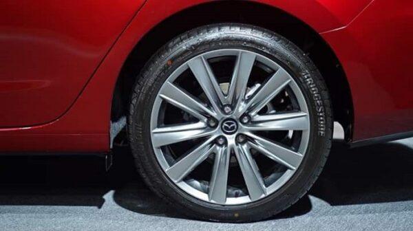 Thiết kế trên mâm Mazda 6 thế hệ mới được giới chuyên môn đánh giá đẹp nhất trong các dòng xe Mazda