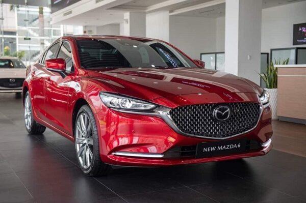 Mazda 6 2021 vừa mới ra mắt với hàng loạt thay đổi nội ngoại thất và công nghệ