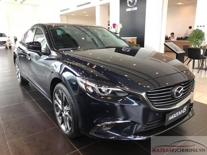 Mazda 6 2018 màu xanh đen tinh tế và quyến rũ