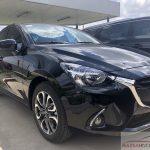 Hình ảnh xe Mazda 2 2019 so sánh phiên bản sedan hatchback