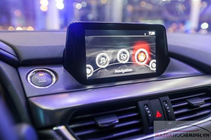Nội thất Mazda 6 2.0 sang trọng đẳng cấp