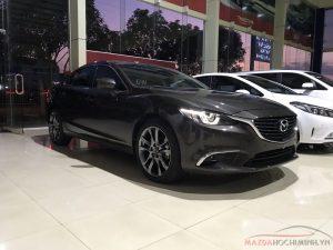 Mazda 6 màu xám mới