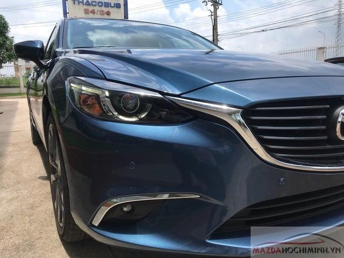 Mazda 6 xanh ngọc