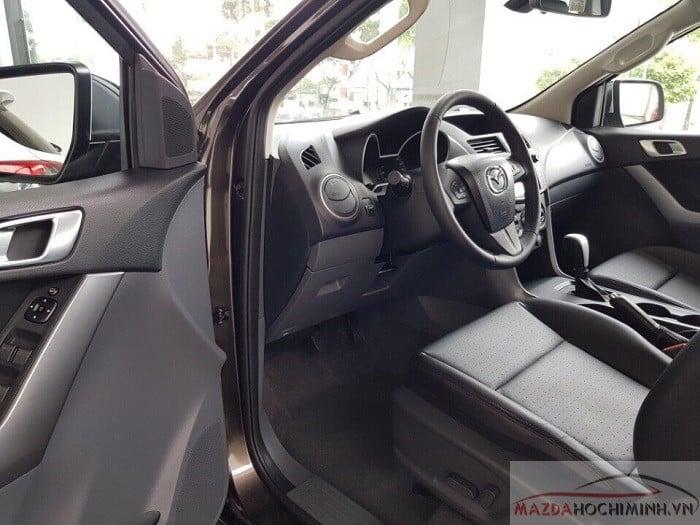 Nội thất Mazda BT50 2019 trang bị tiện nghi hiện đại
