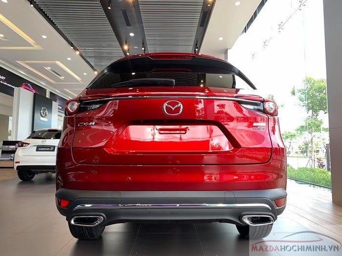 Mazda CX-8 đỏ pha lê