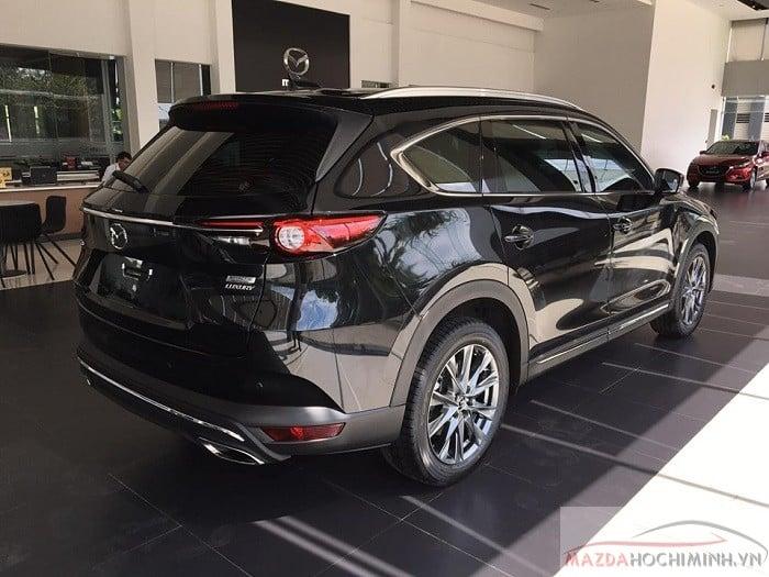 Xe Mazda CX-8 màu đen