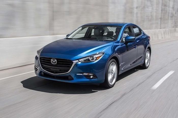 Mazda 3 có thiết kế mui xe hơi dài