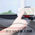 Mách bạn cách dùng điện thoại an toàn khi lái xe ô tô