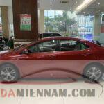 So sánh Mazda 3 và Altis - Nên mua xe nào?