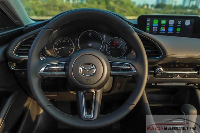 so sánh Mazda 3 và Honda City
