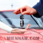 Khi mua xe hơi nên kiểm tra những gì?
