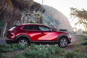 Dòng xe Mazda CX-30 được trang bị động cơ phun xăng trực tiếp 2.0l tiết kiệm nhiên liệu