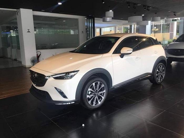 các phiên bản Mazda CX3, phiên bản Mazda CX-3 Deluxe