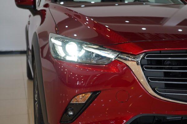 Thiết kế phần đầu xe mang đậm dấu ấn thương hiệu Mazda