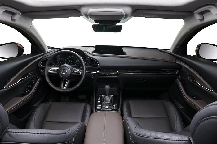 Ngoại thất ô tô Mazda CX-30 tối giản nhưng tinh tế