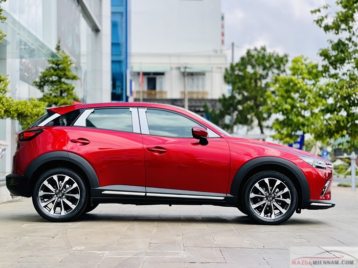 Mazda CX-3 màu đỏ 9