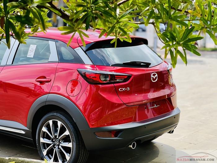 Mazda CX-3 màu đỏ 3
