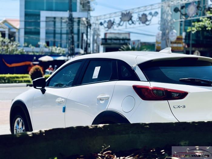 ngoại thất Mazda CX-3 màu trắng