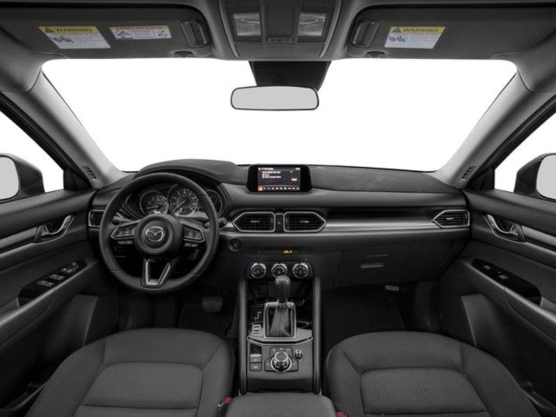 Nội thất của Mazda CX5 được định hình theo phong cách trẻ trung, tinh tế