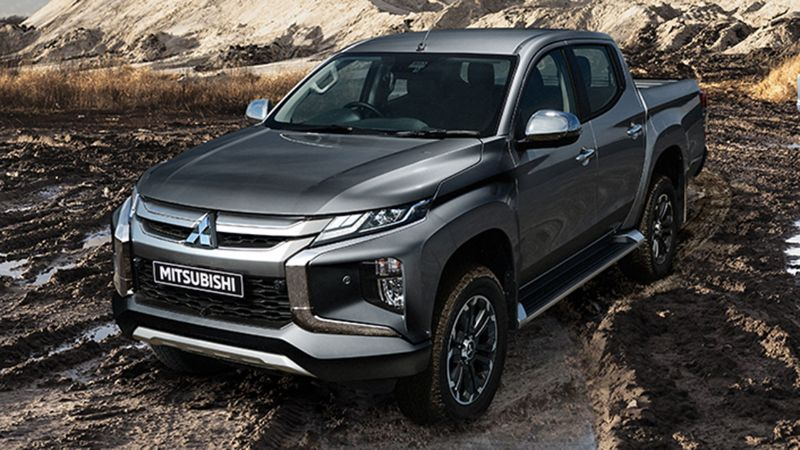 dầu xe của Mitsubishi Triton ăn điểm bởi sự bắt mắt, cứng cáp