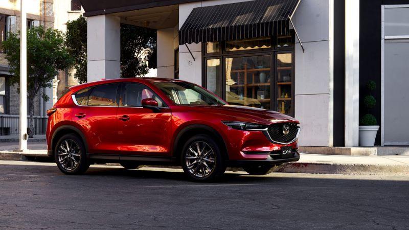 Mazda CX5 được đánh giá cao với những tính năng an toàn vượt trội hơn hẳn những dòng xe cùng phân khúc