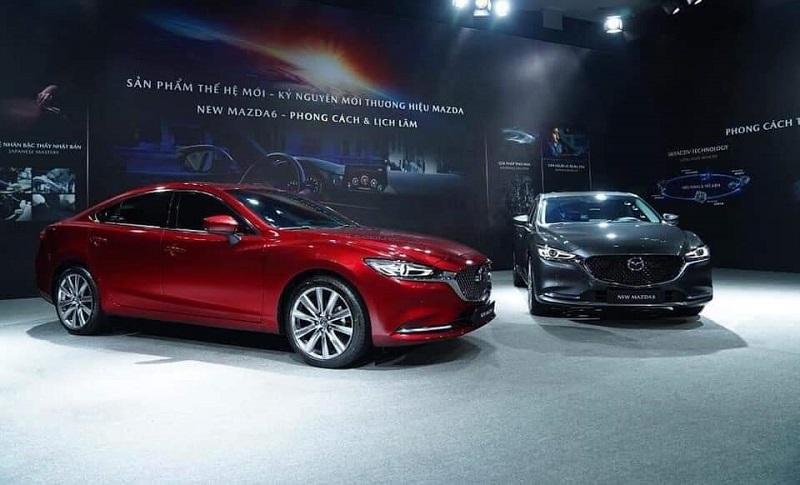 Mazda 6 chiếm ưu thế hơn về độ tiện nghi