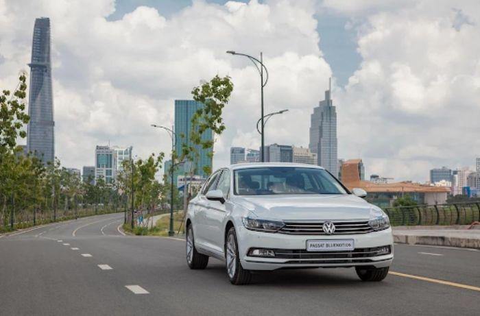 Giá bán Volkswagen PAssat là 1,266 tỷ đồng
