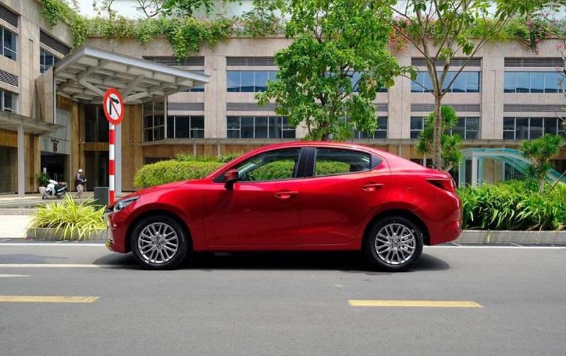 Giá bán của xe Mazda 2 hơn 600 triệu đồng