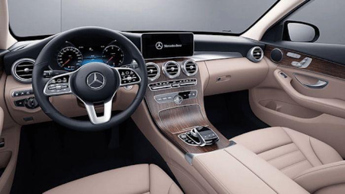 Xe Mercedes c200 có giá khoảng 1.499 triệu đồng