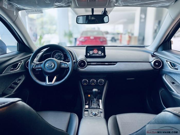 so sánh trang bị nội thất trên các phiên bản Mazda CX-3