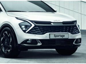 Phần đầu xe Kia Sportage 2022 là điểm nhấn ấn tượng khi bắt gặp chiếc xe lần đầu tiên