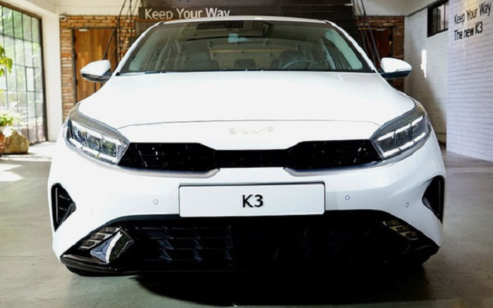 đầu xe Kia K3 2022