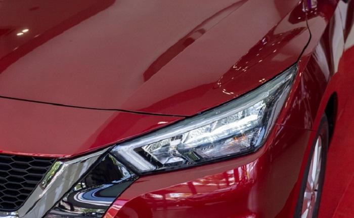 đèn xe Nissan Almera