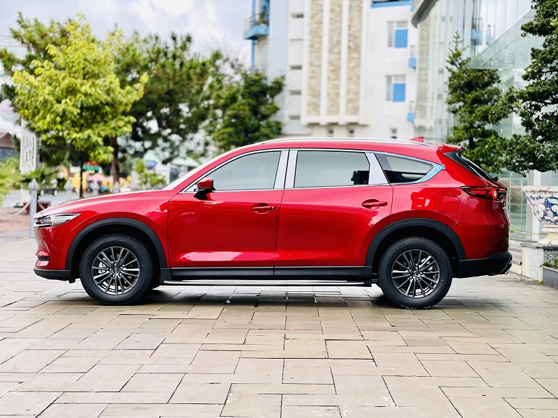 Mazda CX8 Deluxe màu đỏ 3