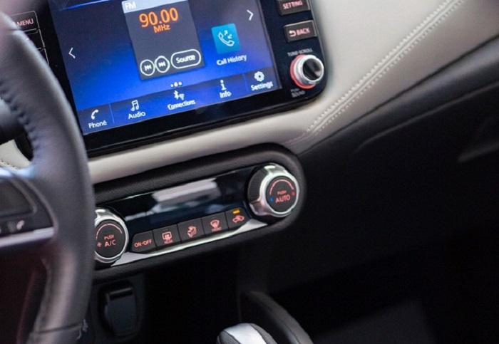 Tiện nghi Nissan Almera