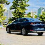 Xôn xao chùm ảnh Mazda 3 2021 màu xanh đen